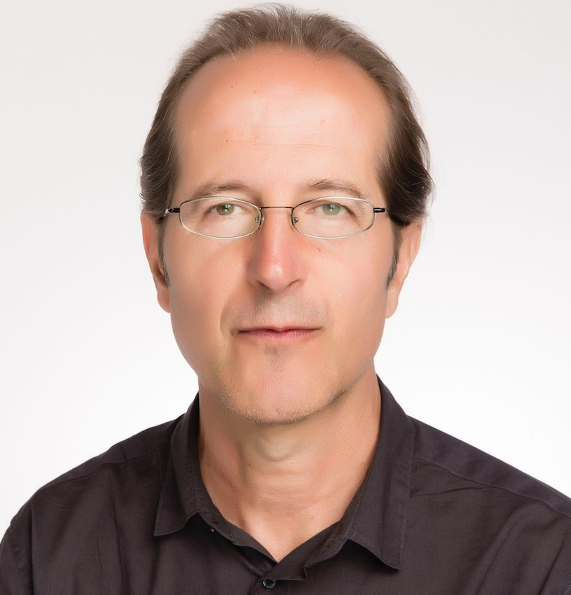 Prof Alexander Alberro
