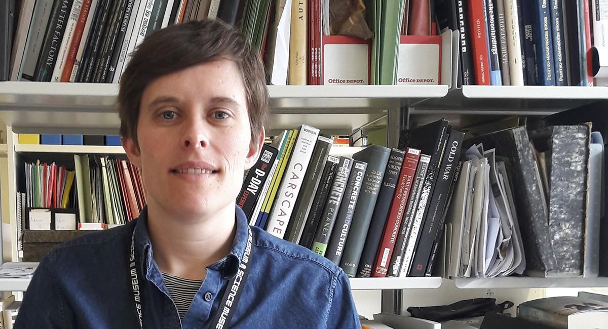 Dr Elizabeth Bruton